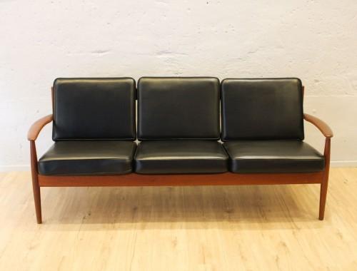Canapé 3 places de Grete Jalk