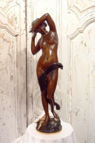 Nu féminin signé G. Felli – Bronze