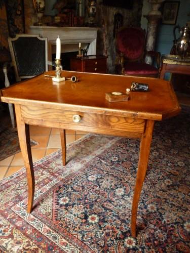 Table de jeux d'époque Louis XV