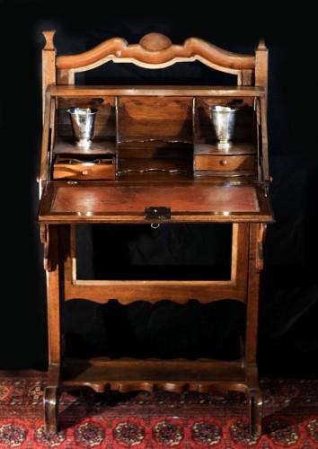 Bureau de pente à écran époque Louis XV