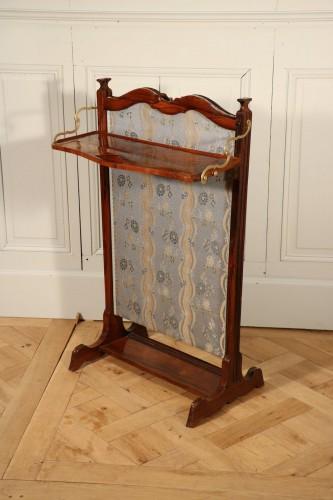 Billet doux, écran pare-feu, époque Louis XV, palissandre.