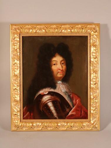 Portrait de Louis XIV en armure, début XVIIIe siècle, huile sur toile.