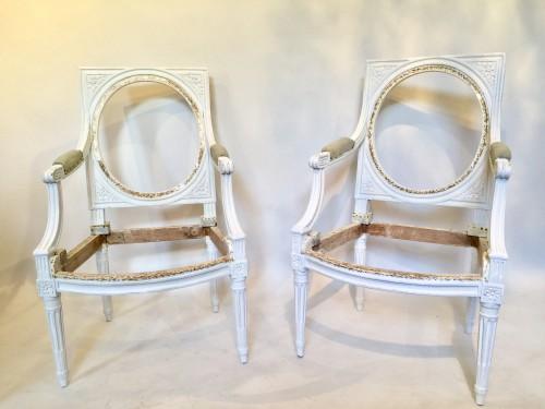 Paire de fauteuil à dossiers plats d'époque Louis XVI