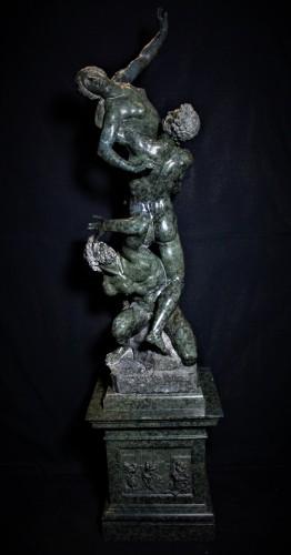 Groupe en marbre vert L'enlèvement des Sabines