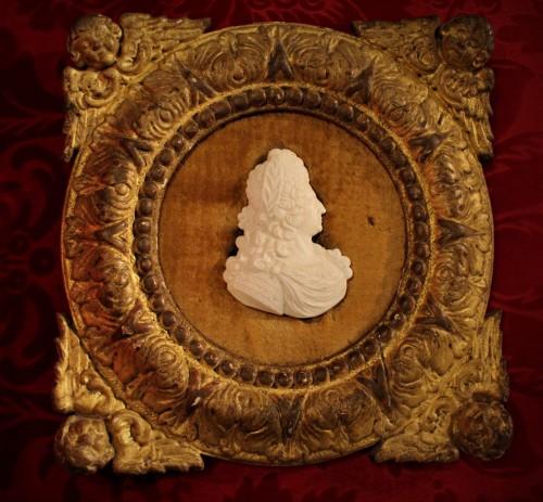 Profil de Louis XIV en biscuit