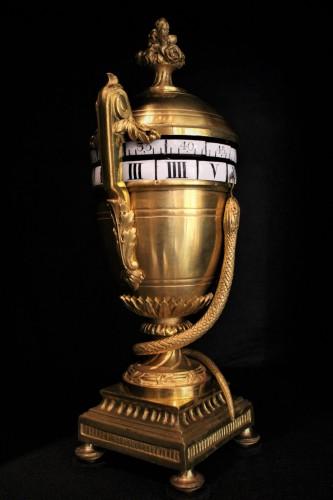 Pendule à tambour en bronze doré début XIXème